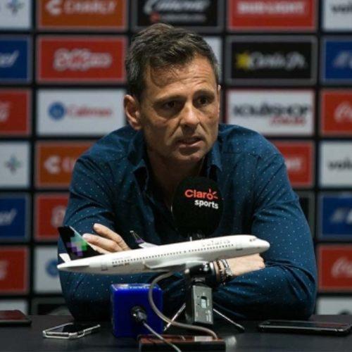 """""""Vamos a salir a proponer un buen partido"""": DT Diego Cocca"""